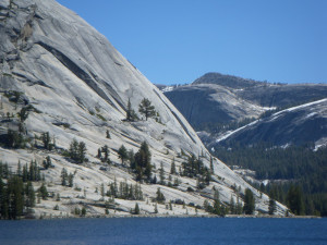 Yosemite Tenaya Lake 2009-05-20------12-44---26--[-0.30]
